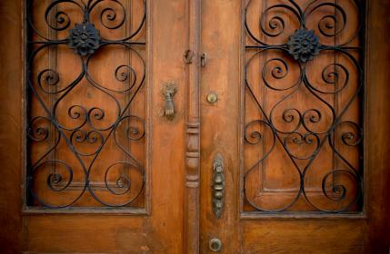 traditionaldoor